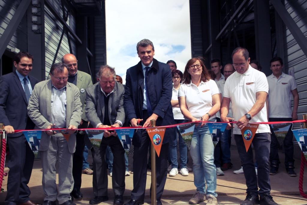 Inauguration Officielle en présence de du député M. Vigier, de M. Gibert Maire de Coastros et le représentant du préfet de la Haute-Loire.